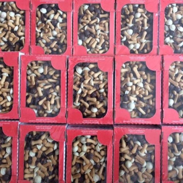 Bánh nấm socola hộp 300g - 2448105 , 123715581 , 322_123715581 , 100000 , Banh-nam-socola-hop-300g-322_123715581 , shopee.vn , Bánh nấm socola hộp 300g