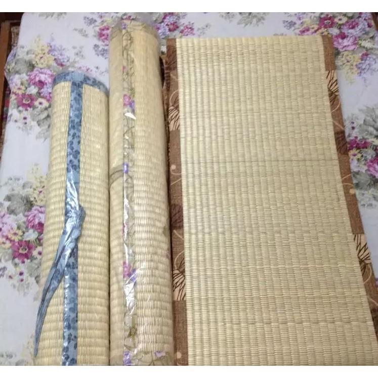 Chiếu cói Tatami cho bé sản xuất Nhật kich thước 60x90cm