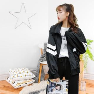 áo khoác nữ form lửng phối sọc tay hot hit 0066