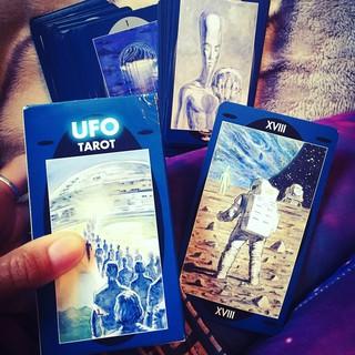 UFO Tarot (Mystic House Tarot Shop) thumbnail