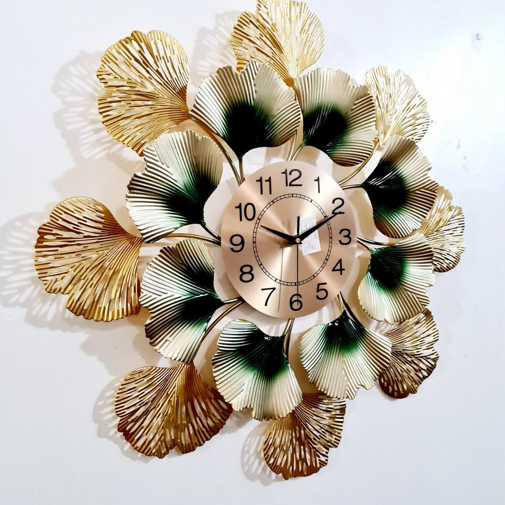 Đồng Hồ Trang Trí Treo Tường Phòng Khách Kim Trôi hình tròn hoa lá kích thước cỡ lớn Mã 590