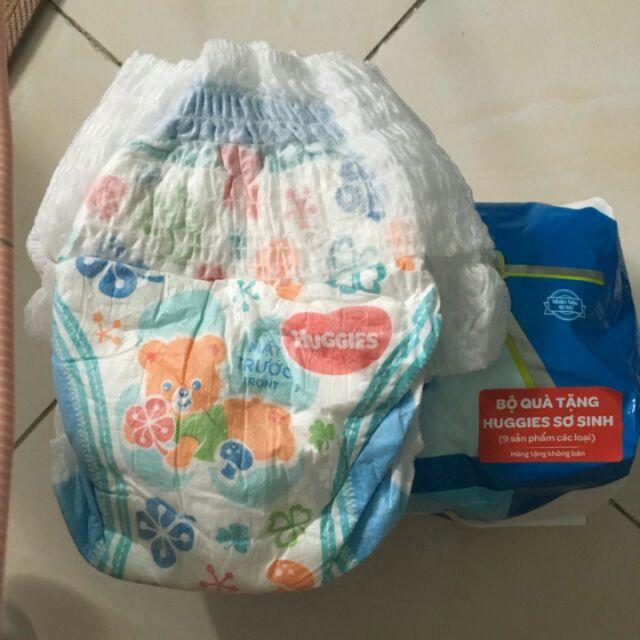 100 ta quần Huggies size s cho bé dưới 8 kg .hàng tách từ hàng quà tặng trong bệnh viện - 2525441 , 797973497 , 322_797973497 , 270000 , 100-ta-quan-Huggies-size-s-cho-be-duoi-8-kg-.hang-tach-tu-hang-qua-tang-trong-benh-vien-322_797973497 , shopee.vn , 100 ta quần Huggies size s cho bé dưới 8 kg .hàng tách từ hàng quà tặng trong bệnh viện