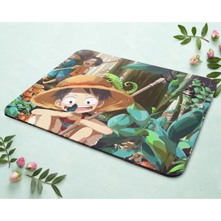 Miếng lót chuột in hình Luffy trong rừng thumbnail