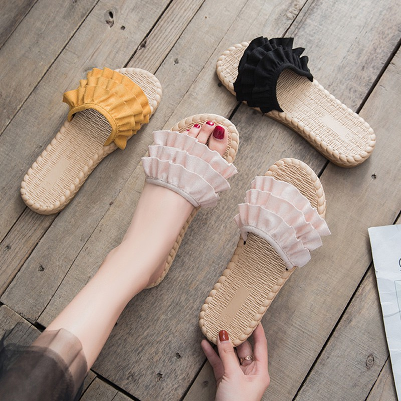 r flat-bottomed word drag Korean version of the wild student ruffled beach shoes