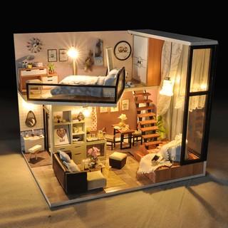 Nhà búp bê Quiet loft and Life Dream TYU16D ( tặng kèm mica)