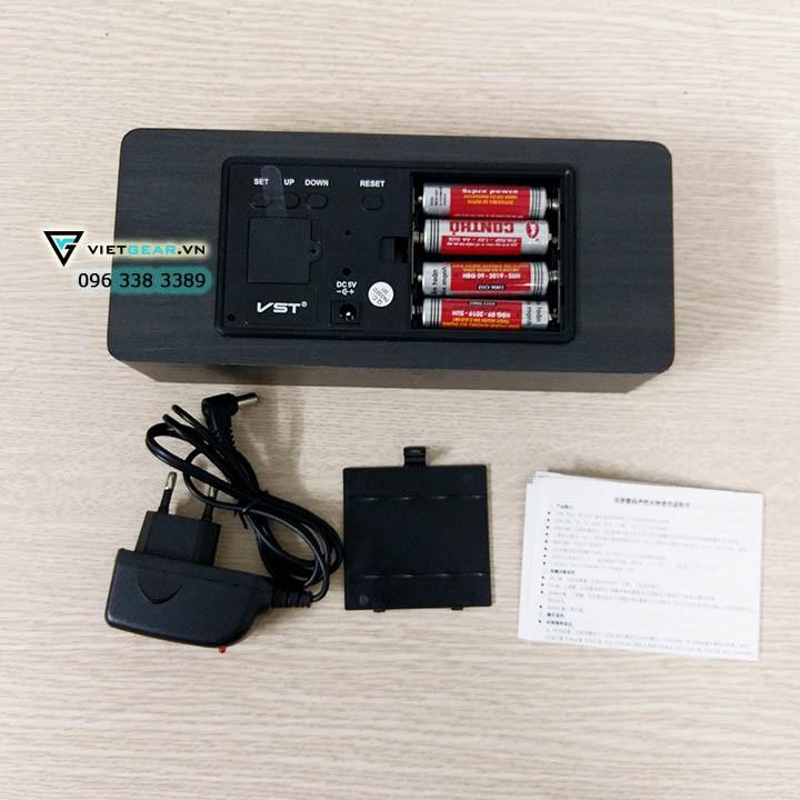 Đồng hồ gỗ led VST 865, kích thước lớn, chính hãng VST, vỏ đen