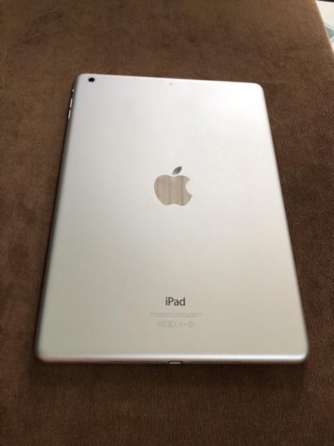 Máy tính bảng Apple iPad 1 - 32GB, Wifi, 9.7 inch