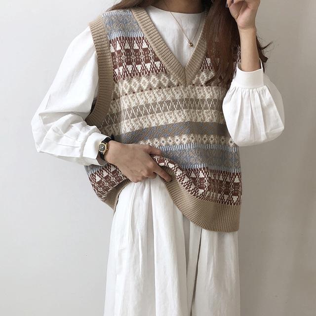 Áo len sát nách phong cách thời trang thu đông dành cho nữ