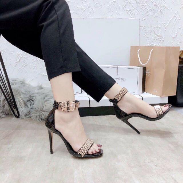 giày cao Gót đồng hồ