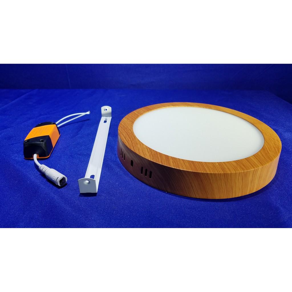 ĐÈN LED ỐP NỔI TRÒN VIỀN MÀU GỖ 24W 3 chế độ màu