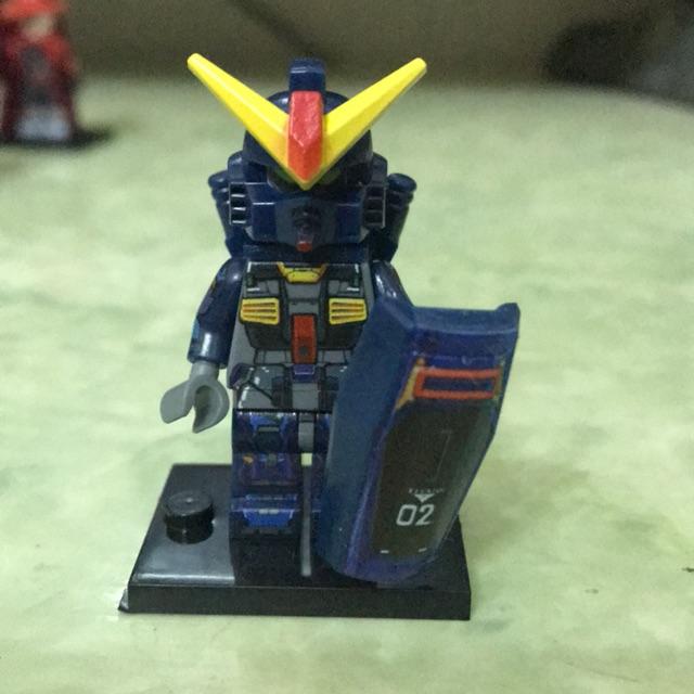 Minifigure nhân vật Gundam