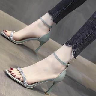 Sandal xanh ngọc đính cườm