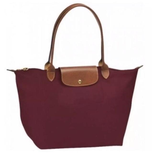 กระเป๋า Longchamp le pliage size M ของแท้ สีไวน์ หูยาว