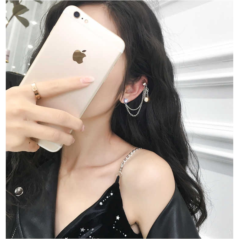 Khuyên tai kẹp vành tạo hình thập giá độc đáo đẹp mắt thời trang Hàn Quốc cho nữ