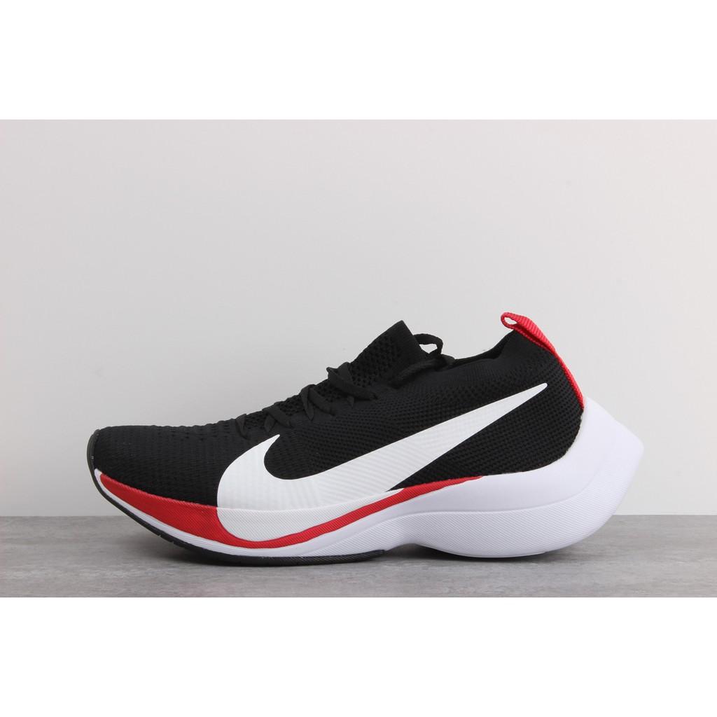 Nike Zoom VaporFly Elite รองเท้ากีฬาสีดำ