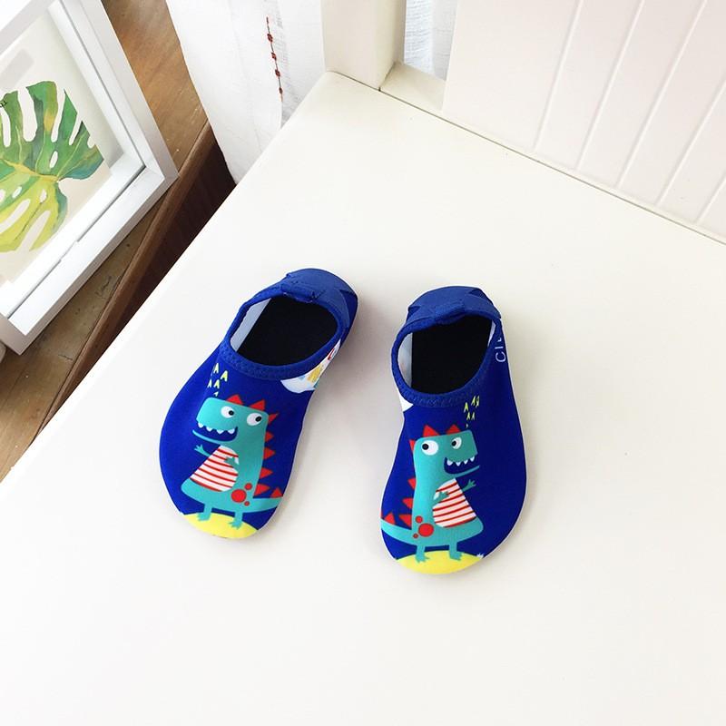 [Mã FAMTXANH giảm 10K đơn 50K] Giày đi biển lội nước chống trơn trượt cho bé yêu
