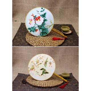 Quạt cổ trang tròn vải lụa trắng ( họa tiết hoa )