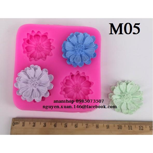 M05 Khuôn silicon 4D 4 hoa cúc - 2892770 , 1235817991 , 322_1235817991 , 45000 , M05-Khuon-silicon-4D-4-hoa-cuc-322_1235817991 , shopee.vn , M05 Khuôn silicon 4D 4 hoa cúc