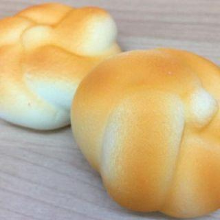 Squishy mềm hình bánh mì bông mai