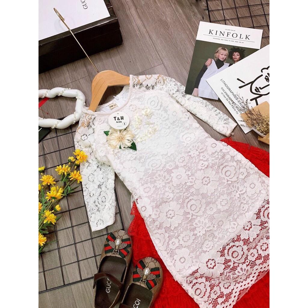 Áo dài cách tân ren thêu hoa 3 màu kèm vấn cho bé gái.
