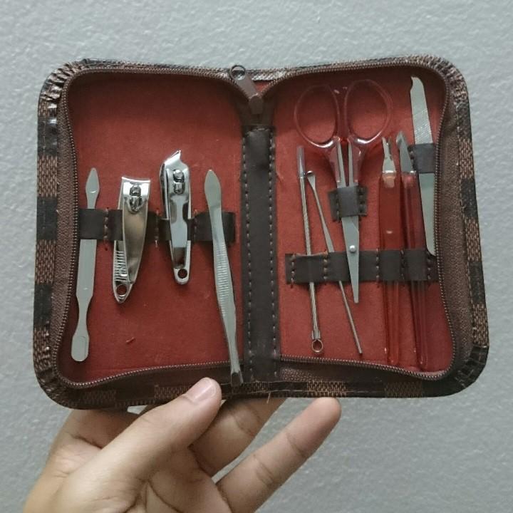 Dụng cụ làm móng 10 món có bao đựng tiện lợi