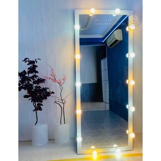 Gương soi toàn thân đèn led bulb Gương đèn led