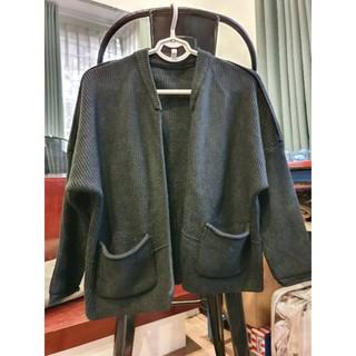 Áo khoác len dáng ngắn