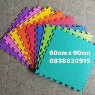 4 miếng Thảm xốp màu 60cm x 60cm