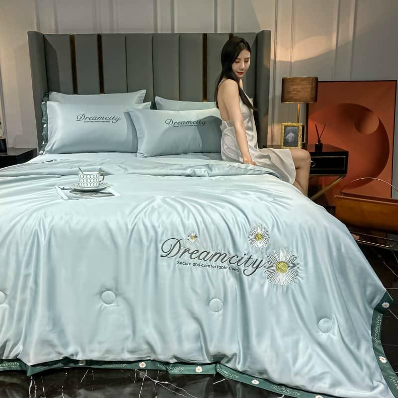 Bộ chăn ga gối phi lụa Dreamcity chăn trần 4 món cao cấp cho mùa xuân hè 2021