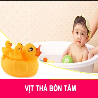 Vịt thả bồn tắm (gồm 1 vịt mẹ và 3 vịt con) thumbnail
