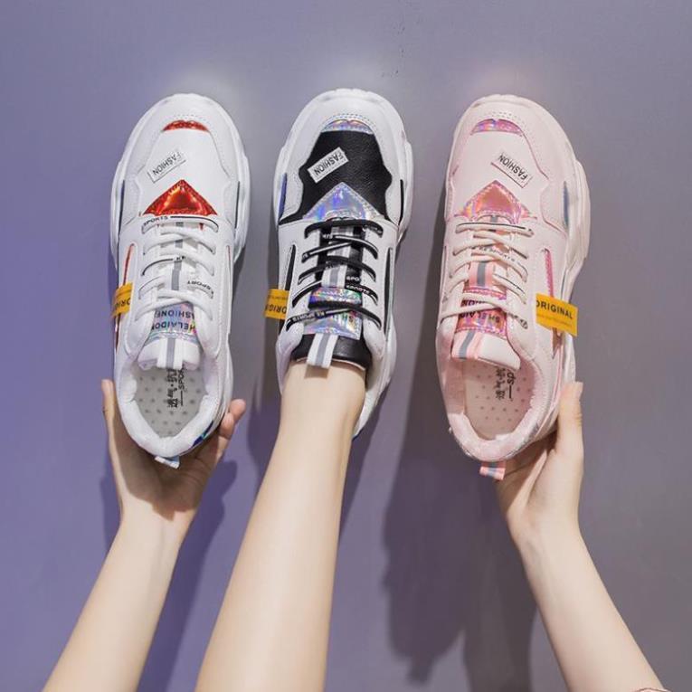 ] Giày Thể Thao Màu Trắng Thoáng Khí
