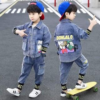 """Bộ Jeans Cho bé Trai cực năng động giá chỉ còn <strong class=""""price"""">19.900.000.000đ</strong>"""
