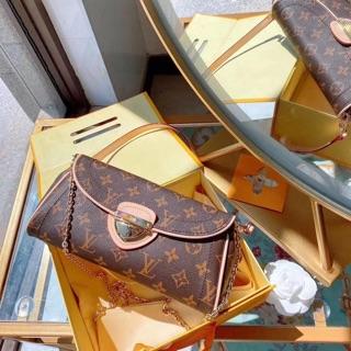 Túi kẹp nách mẫu mới size 25 full hộp chất đẹp(có hộp)