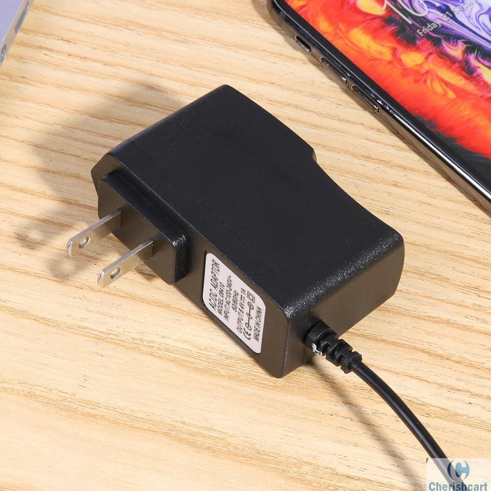❥CHE❥8.4V 1A 18650 Lithium Battery Charger DC5.5mm Plug Power Adapter Charger Giá chỉ 44.600₫