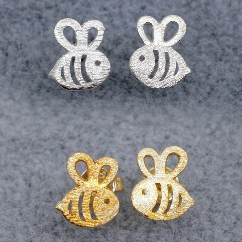 Khuyên tai hình con ong phong cách hoạt hình cho nữ - 14761826 , 2388527846 , 322_2388527846 , 15012 , Khuyen-tai-hinh-con-ong-phong-cach-hoat-hinh-cho-nu-322_2388527846 , shopee.vn , Khuyên tai hình con ong phong cách hoạt hình cho nữ