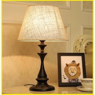 Đèn ngủ để bàn trang trí phòng ngủ kiểu dáng Bắc Âu D1709 (Có tăng giảm độ sáng – tặng kèm bóng) – CÓ SẴN