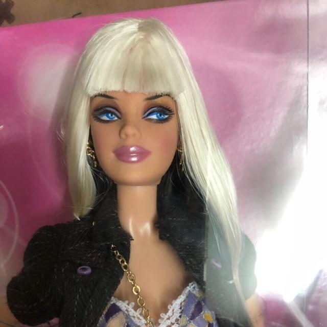 Búp bê Top Model Barbie