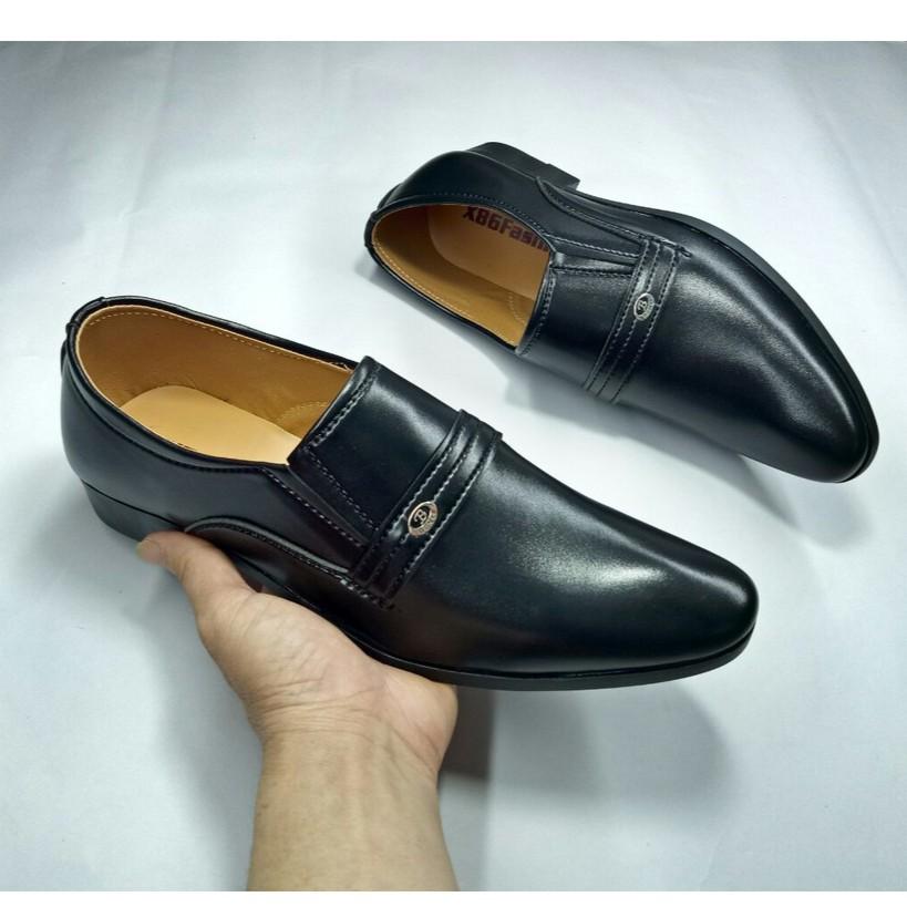 giày tây nam lịch lãm giá rẻ mũi nhọn đen lì