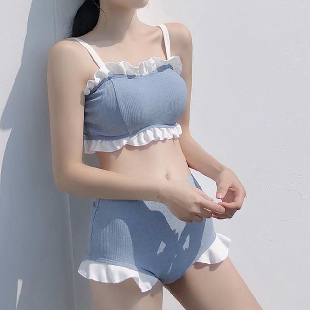 Bikini yếm xanh ngọc viền bèo dễ thương (kèm hình thật)