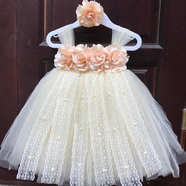 Váy tutu bé gái màu kem 4kg-19 kg tutu03