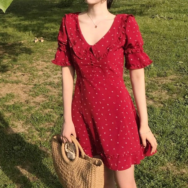 Váy đỏ hoạ tiết nhí tay bèo đuôi cá - 2715561 , 1153830547 , 322_1153830547 , 290000 , Vay-do-hoa-tiet-nhi-tay-beo-duoi-ca-322_1153830547 , shopee.vn , Váy đỏ hoạ tiết nhí tay bèo đuôi cá