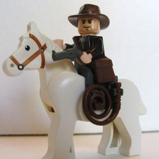 [New/Real] Đồ chơi lắp ráp Lego chính hãng – mô hình Indiana Jones – nhân vật Indiana Jones và ngựa trắng
