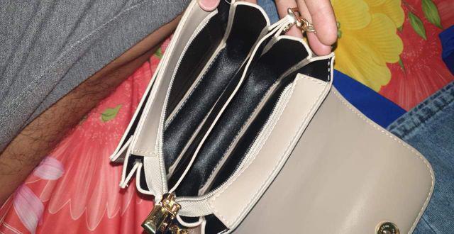Đánh giá sản phẩm  Túi Đeo Chéo Nữ Nhiều Ngăn Kiểu Dáng Vuông Tròn Siêu Đẹp TEB280 của vuongnhicute050603