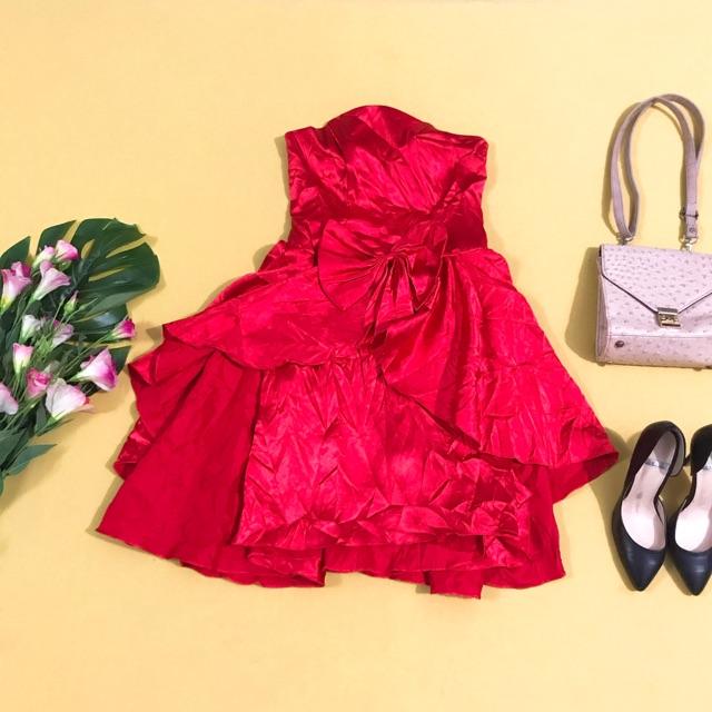 Đầm dự tiệc cúp ngực đỏ kiểu lạ size S