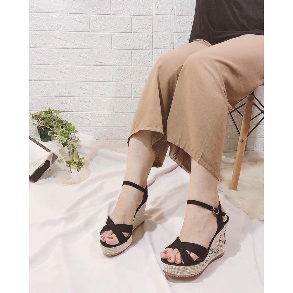 Sandal gót xuồng thêu hoa fullbox (kèm 3 ảnh thật cuối)