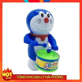 Doraemon đánh trống vặn cót bằng nhựa