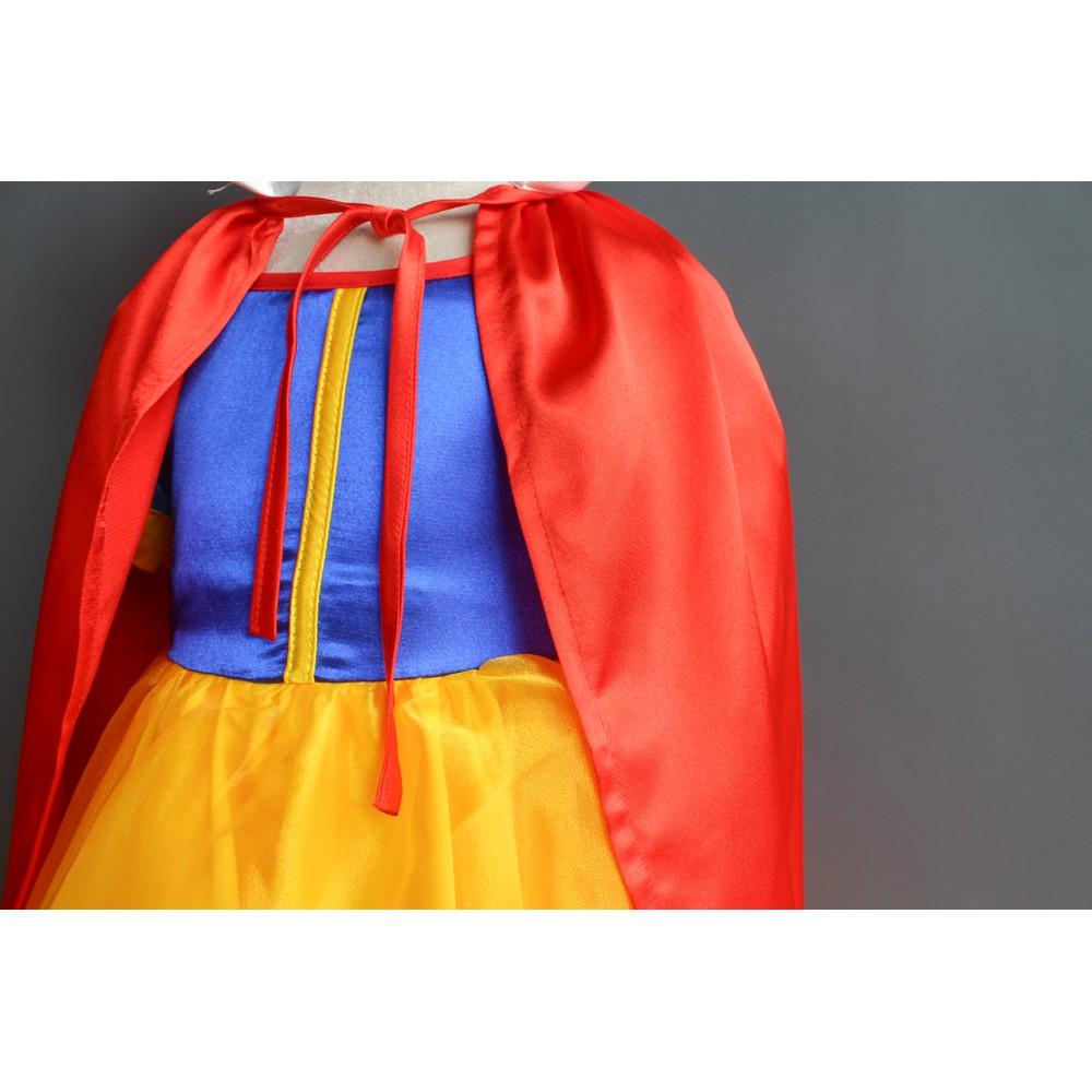 Đầm Bạch Tuyết áo choàng cực lộng lẫy