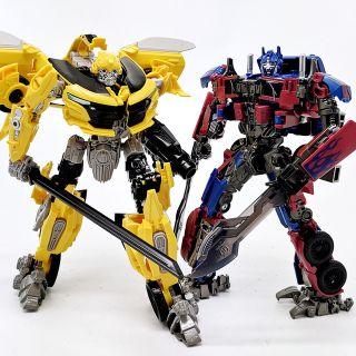 [Xả hàng tăng doanh số] Mô hình Bumblebee và Optimus Prime M03 Battle Hornet Wei Jiang Robot Force Transformers