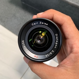 Ống kính máy ảnh phim contax 28 2.8 ngàm cy thumbnail