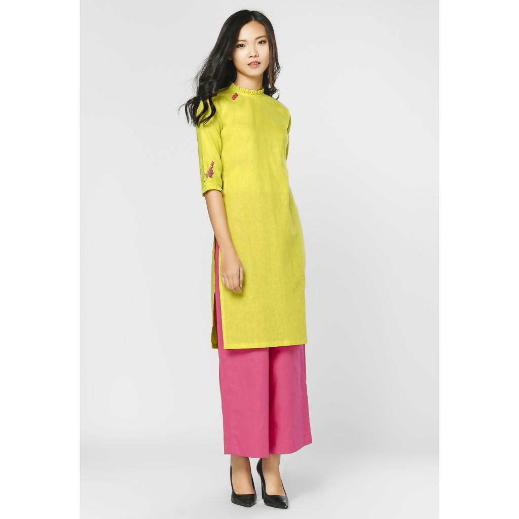 Áo dài thêu tay Vicky boutique AD821 (vàng)